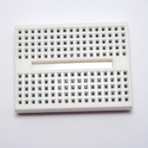 Breadboard 170 ühenduspunktiga